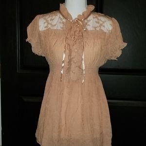 XXI Blush Lace Crinkle Top M